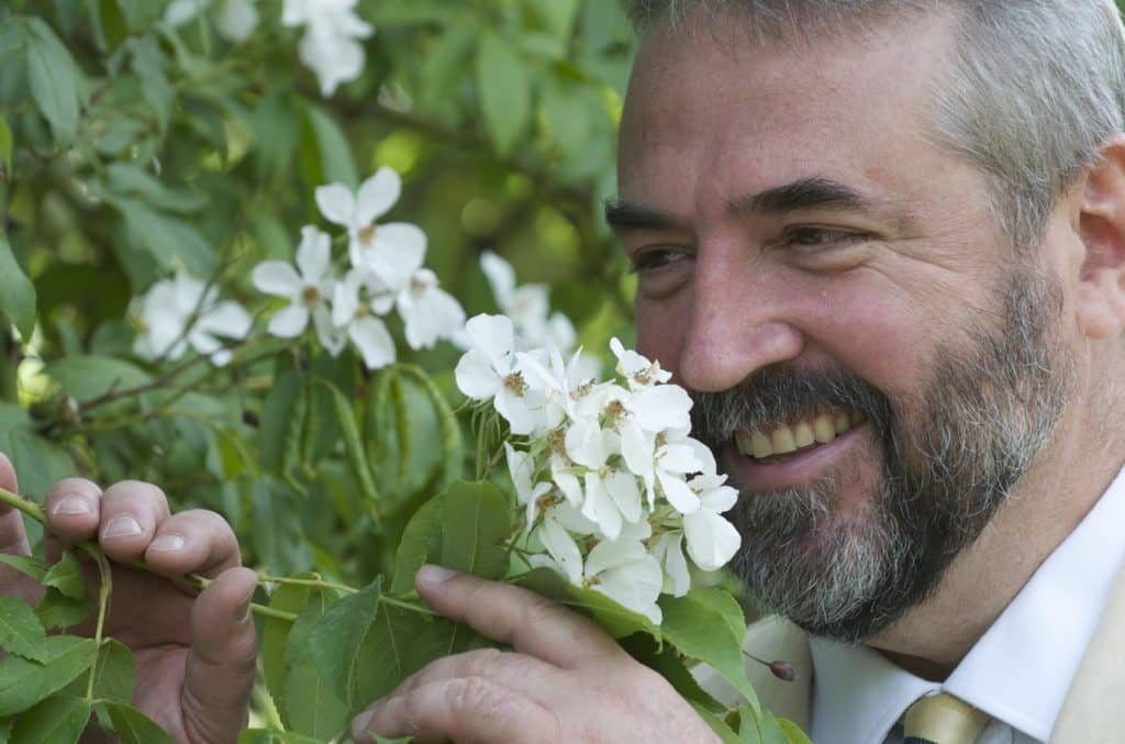 Lorenzo Villoresi has turned a hobby in an actual art, that of creating exceptional and exclusive perfumes and fragrances