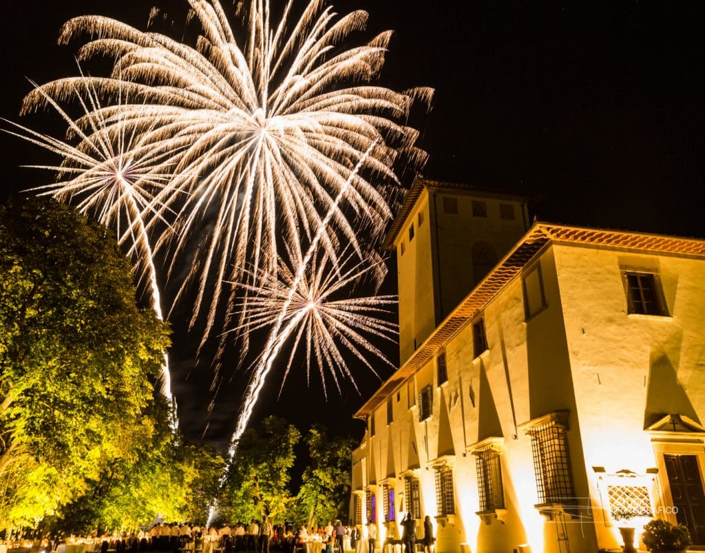 An amazing fireworks show at LVT's venue Villa Corsini a Mezzomonte