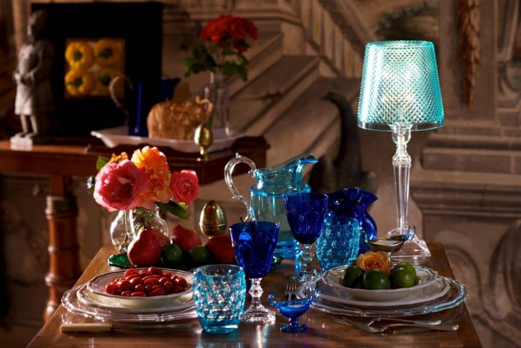 Elegant and contemporary tableware by Mario Luca Giusti
