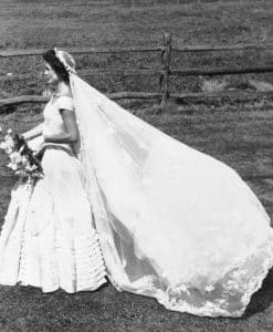 The elegant wedding dress worn by Jackie Kennedy