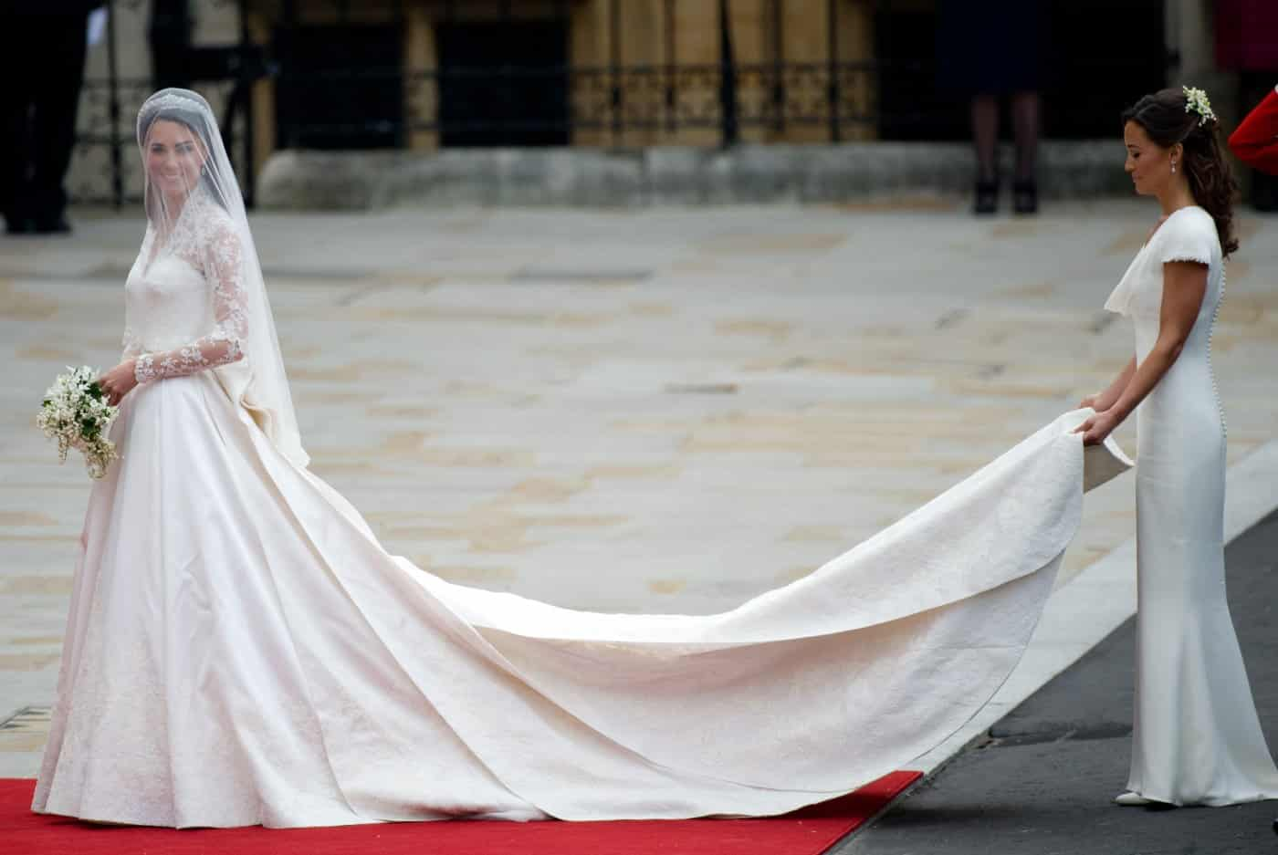 The magical wedding dress worn by Kate Middleton