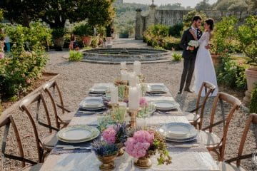 sposi nel giardino di villa corsini